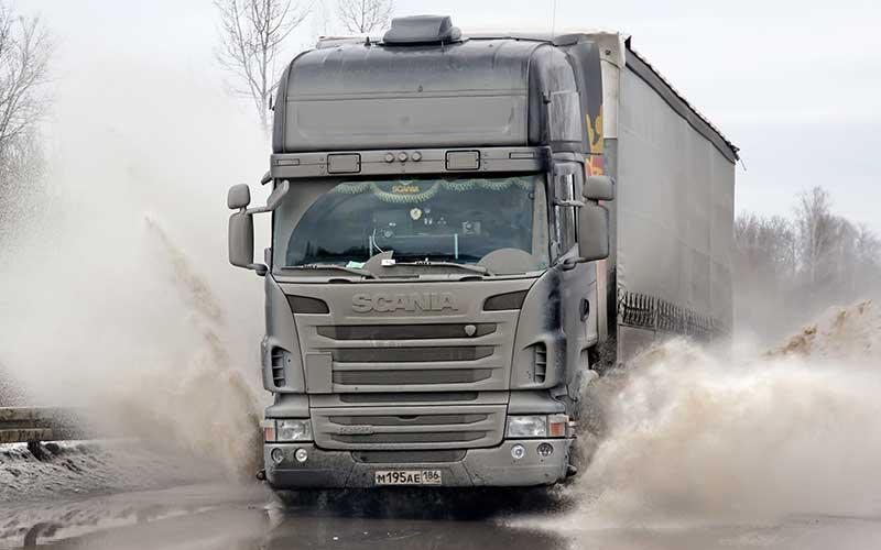 semi-truck head-on collision